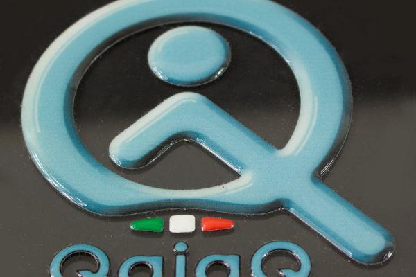 etichetta resinata QajaQ